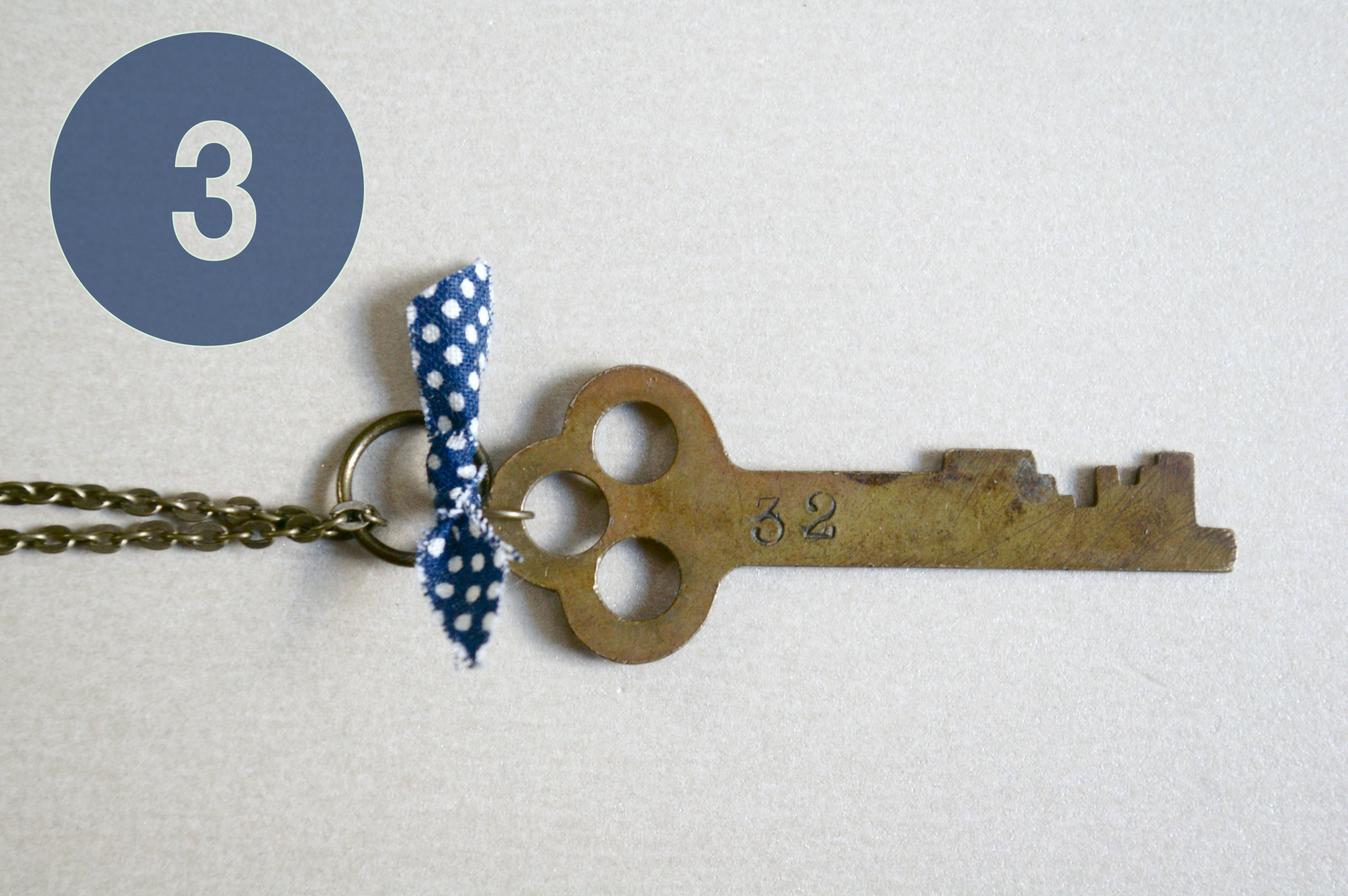 diy rustic key necklace