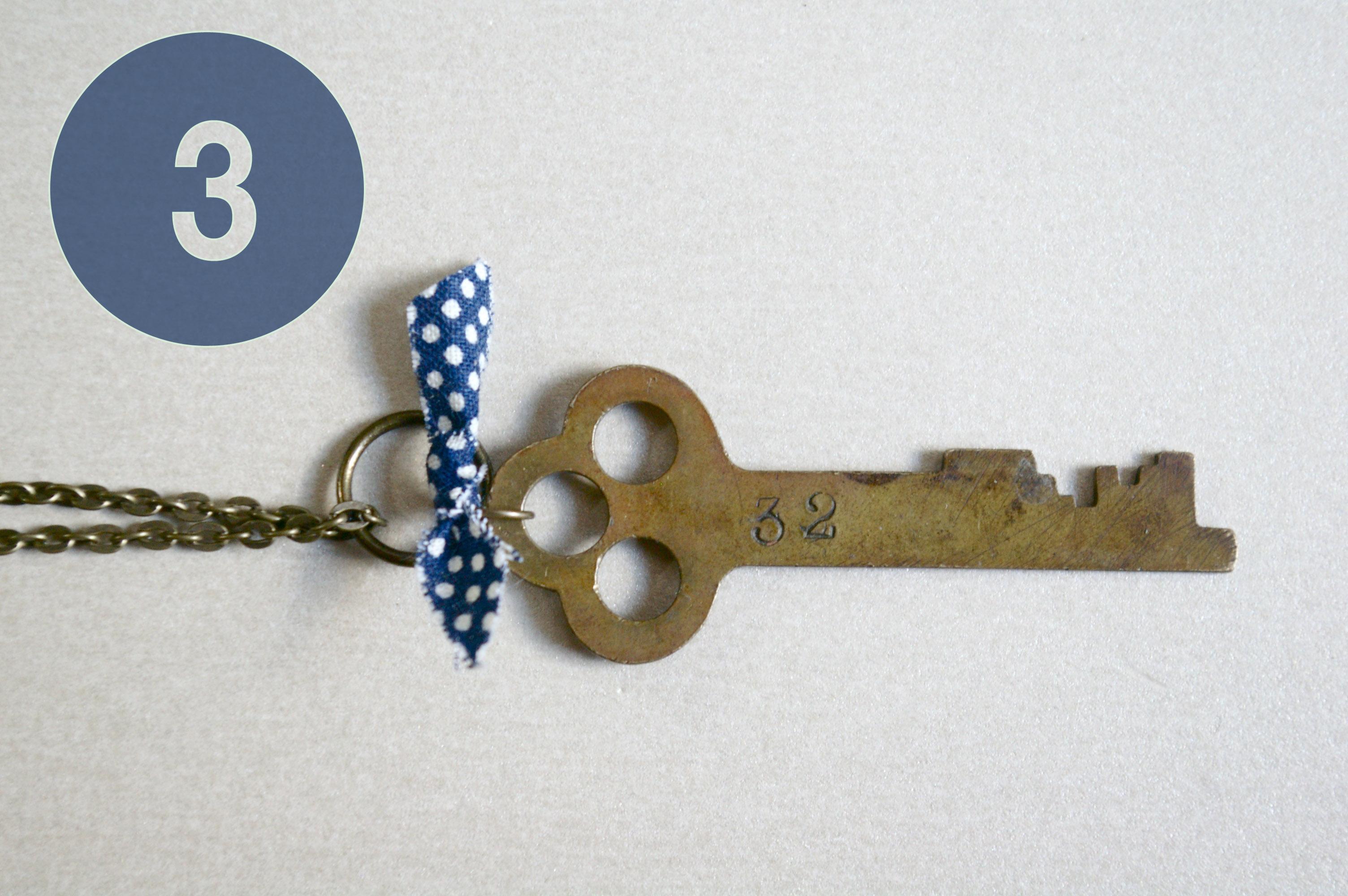 DIY collar de clave rústica